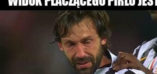 Widok płaczącego Pirlo jest GIFy Obrazki