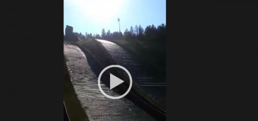 W Courchevel trenują na obu skoczniach jednocześnie Sport Video