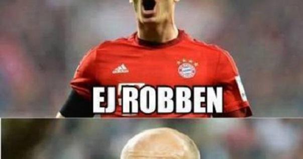 Lewandowski żartuje sobie z Robbena