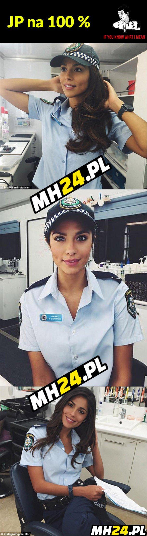 Ładna policjantka