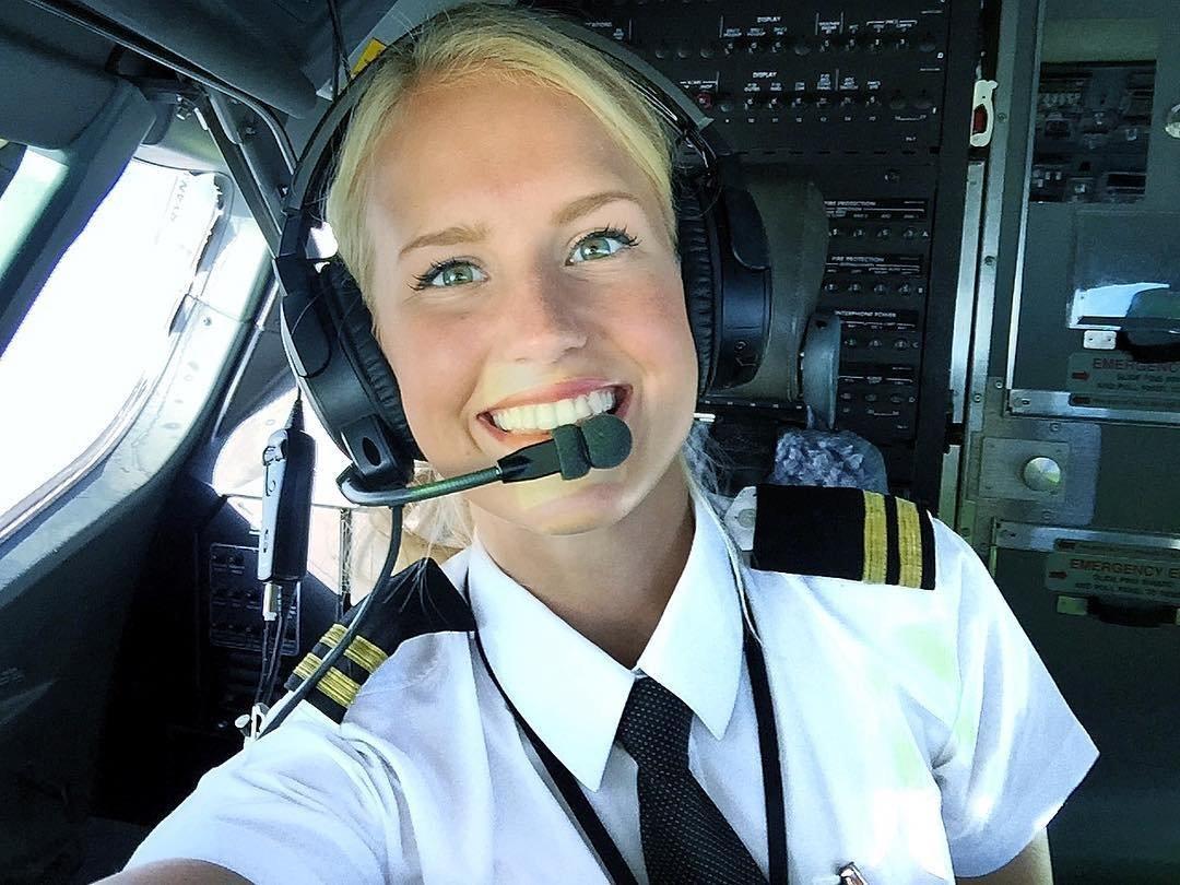 Najgorętsza pani pilot Lifestyle   Najgorętsza pani pilot Lifestyle   Najgorętsza pani pilot Lifestyle