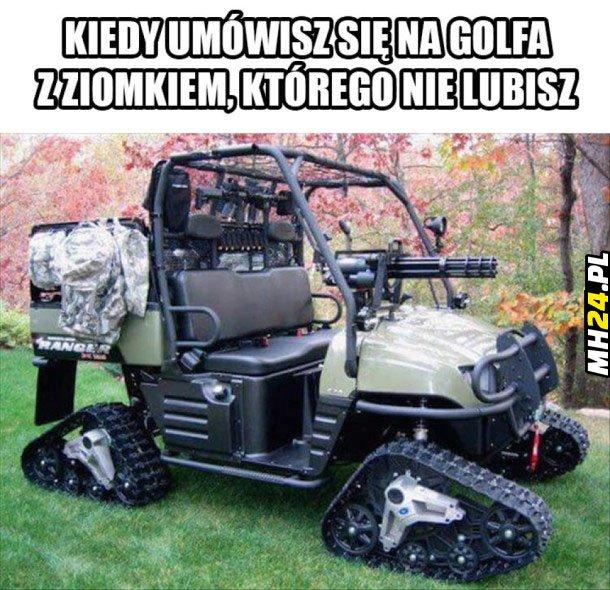 Kiedy umówisz się na golfa z ziomkiem, którego nie lubisz