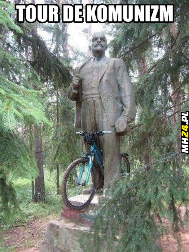 Tour de komunizm